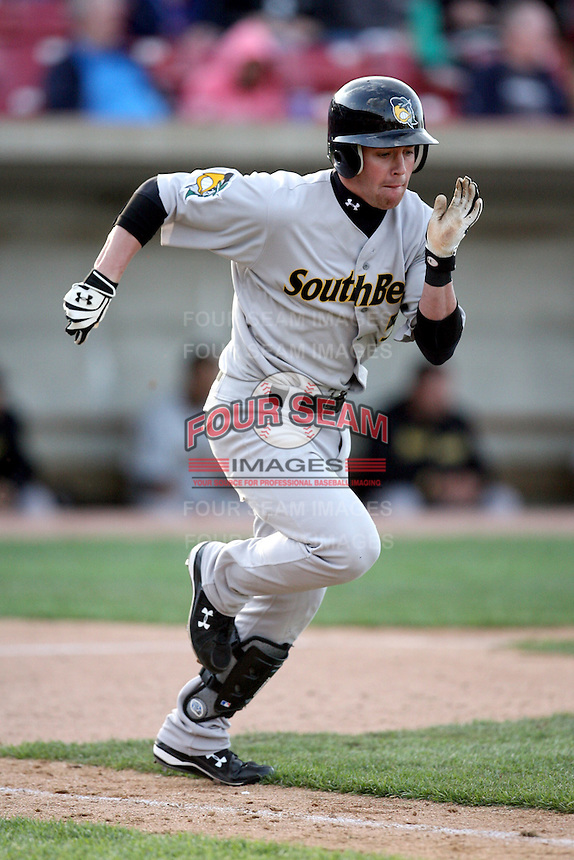May 2, 2009: Jake Elmore (5) of the South Bend Silver Hawks at Elfstrom Stadium in Geneva, IL.  Photo by: Chris Proctor/Four Seam Images