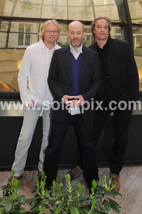 **ALL ROUND PICTURES FROM SOLARPIX.COM**.**WORLDWIDE SYNDICATION RIGHTS EXCLUDING UK & ITALY - NO PUBLICATION IN UK OR ITALY**.American rock band R.E.M. at a photocall in Milan, Italy. 18 March 2008..This pic: R.E.M. Michael Stipe, Peter Buck and Mike Mills..JOB REF: 8926 MXN       DATE: 18_03_2008.**MUST CREDIT SOLARPIX.COM OR DOUBLE FEE WILL BE CHARGED**.**ONLINE USAGE FEE GBP 50.00 PER PICTURE - NOTIFICATION OF USAGE TO PHOTO @ SOLARPIX.COM**.**CALL SOLARPIX : +34 952 811 768 or LOW RATE FROM UK 0844 617 7637**