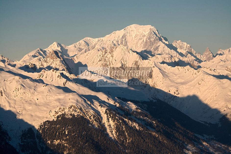 Europe/France/Rhone-Alpes/74/Savoie/Env de Chamonix: Le Mont Blanc  - Vue aérienne