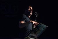 Sleaford Mods spielten am Freitag den 19. Juni 2015 live im Berliner Club SO36.<br /> Sleaford Mods ist ein englisches Post-Punk-/Hip-Hop-Duo aus Nottingham, bestehend aus Saenger/Rapper Jason Williamson (im Bild) und Multiinstrumentalist Andrew Robert Lindsay Fearn.<br /> 19.6.2015, Berlin<br /> Copyright: Christian-Ditsch.de<br /> [Inhaltsveraendernde Manipulation des Fotos nur nach ausdruecklicher Genehmigung des Fotografen. Vereinbarungen ueber Abtretung von Persoenlichkeitsrechten/Model Release der abgebildeten Person/Personen liegen nicht vor. NO MODEL RELEASE! Nur fuer Redaktionelle Zwecke. Don't publish without copyright Christian-Ditsch.de, Veroeffentlichung nur mit Fotografennennung, sowie gegen Honorar, MwSt. und Beleg. Konto: I N G - D i B a, IBAN DE58500105175400192269, BIC INGDDEFFXXX, Kontakt: post@christian-ditsch.de<br /> Bei der Bearbeitung der Dateiinformationen darf die Urheberkennzeichnung in den EXIF- und  IPTC-Daten nicht entfernt werden, diese sind in digitalen Medien nach &sect;95c UrhG rechtlich geschuetzt. Der Urhebervermerk wird gemaess &sect;13 UrhG verlangt.]