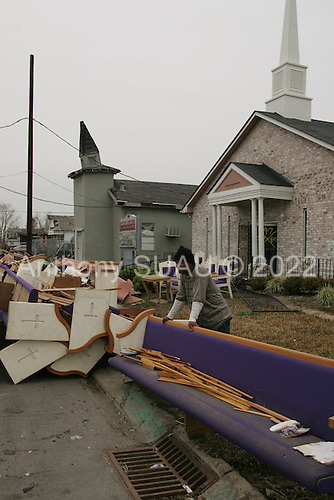 New Orleans, Louisiana.February 20, 2006..East New Orleans residents gut homes.