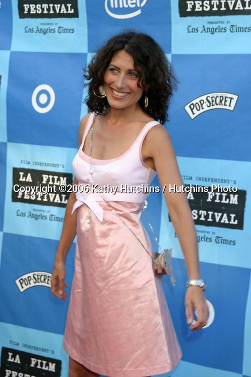 "Lisa Edelstein.""Little Miss Sunshine"" Premiere.Wadsworth Theater.Westwood, CA.July 2, 2006.©2006 Kathy Hutchins / Hutchins Photo...."