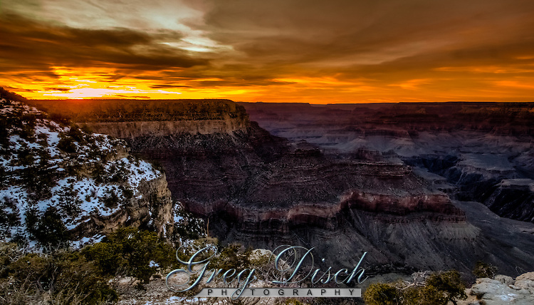 Sunset view from Yavapai Point, South Rim of Grand Canyon National Park, Arizona, United States.