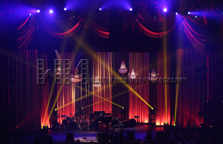 Atmosphere during the Roundabout Theatre Company's  50th Anniversary Gala at The Waldorf-Astoria on February 29, 2016 in New York City.