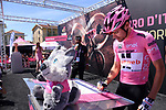 Race leader Maglia Rosa Tom Dumoulin (NED) Team Sunweb at sign on before the start of Stage 15 of the 100th edition of the Giro d'Italia 2017, running 199km from Valdengo to Bergamo, Italy. 21st May 2017.<br /> Picture: LaPresse/Gian Mattia D'Alberto | Cyclefile<br /> <br /> <br /> All photos usage must carry mandatory copyright credit (&copy; Cyclefile | LaPresse/Gian Mattia D'Alberto)