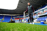 Mike van der Hoorn of Swansea City arrives for the Sky Bet Championship match between Reading and Swansea City at the Madejski Stadium in Reading, England, UK. Tuesday 01 January 2019