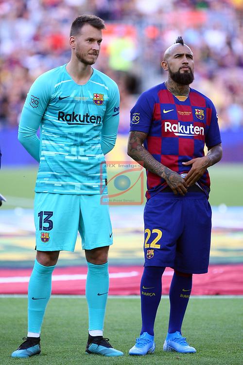 Presentation 1st team FC Barcelona 2019/2020.<br /> Norberto Neto & Arturo Vidal.