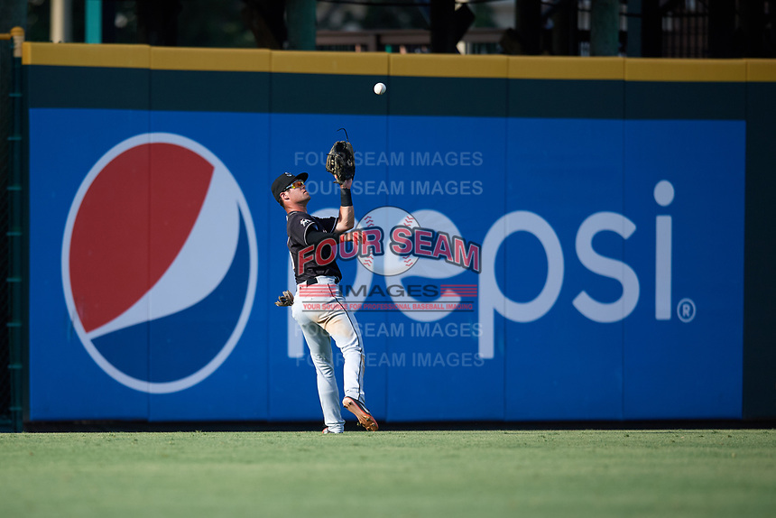 Jupiter Hammerheads left fielder Aaron Knapp (7) catches a fly ball during the second game of a doubleheader against the Bradenton Marauders on May 27, 2018 at LECOM Park in Bradenton, Florida.  Jupiter defeated Bradenton 4-1.  (Mike Janes/Four Seam Images)