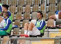 Yannick Stark (SV Darmstadt 98) wartet auf der Ersatzbank<br /> <br /> - 14.06.2020: Fussball 2. Bundesliga, Saison 19/20, Spieltag 31, SV Darmstadt 98 - Hannover 96, emonline, emspor, <br /> <br /> Foto: Marc Schueler/Sportpics.de<br /> Nur für journalistische Zwecke. Only for editorial use. (DFL/DFB REGULATIONS PROHIBIT ANY USE OF PHOTOGRAPHS as IMAGE SEQUENCES and/or QUASI-VIDEO)