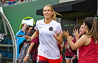 Portland, Oregon - Wednesday June 22, 2016: Portland Thorns FC midfielder Allie Long (10) prior to a regular season National Women's Soccer League (NWSL) match at Providence Park.