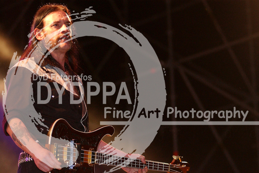 Ian 'Lemmy' Kilmister von Motoerhead live auf dem With Full Force Festival. Roitzschjora, 07.07.2002