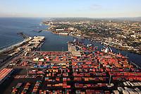 STO13. SANTO DOMINGO (REPÚBLICA DOMINICANA), 17/02/2011.- Vista aérea de hoy, jueves 17 de febrero de 2011, del puerto de Haina en Santo Domingo (República Dominicana). EFE/Orlando Barría