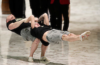 L'esibizione di alcuni artisti del Golden Circus al termine dell'Udienza Generale del mercoled&igrave; in Aula Paolo VI in Vaticano, 28 dicembre 2016.<br /> The performance of members of the Golden Circus at the end of the weekly general audience in Paul VI Hall at the Vatican, on December 28, 2016.<br /> UPDATE IMAGES PRESS/Isabella Bonotto<br /> <br /> STRICTLY ONLY FOR EDITORIAL USE