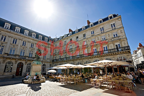 The café de la poste situated in front of the town hall in the old part of the city of La Rochelle Charente-Maritime France. The post office is to the left hand side with the statute of Mayor Jean Guiton