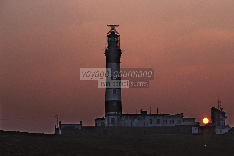 Europe/France/Bretagne/29/Finistère/Ile d'Ouessant: Le phare du Créac'h le soir