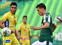 PALMIRA - COLOMBIA, 02-02-2019: Juan Ignacio Dinenno del Cali en acción durante el partido por la fecha 3 de la Liga Águila I 2019 entre Deportivo Cali y Atletico Huila jugado en el estadio Deportivo Cali de la ciudad de Palmira. / Juan Ignacio Dinenno of Cali in action during the Final second leg match between Deportivo Cali and Atletico Huila of the Aguila League I 2019 played at Deportivo Cali stadium in Palmira city.  Photo: VizzorImage/ Nelson Rios / Cont