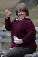 www.acepixs.com<br /> February 21, 2017 New York City<br /> <br /> Melissa McCarthy eating a hotdog while filming the movie &ldquo;Can You Ever Forgive Me?&rdquo; on the Upper West Side on February 21, 2017 in New York City.<br /> <br /> Credit: Kristin Callahan/ACE Pictures<br /> <br /> <br /> Tel: 646 769 0430<br /> e-mail: info@acepixs.com