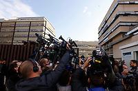 Telecamere all'esterno del Tribunale, in occasione dell'apertura del processo su Mafia Capitale, a Roma, 5 novembre 2015.<br /> Cameras outside of the court, on the occasion of the opening of the trial on Mafia Capitale, in Rome, 5 November 2015.<br /> UPDATE IMAGES PRESS/Riccardo De Luca