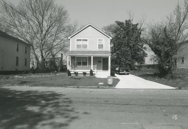 1994 April 01..Conservation.Central Brambleton.Street Study Maltby Avenue..733 Maltby Avenue (West Side)...NEG#.NRHA#.04/94  CONSERV: CBramb  2  20:16  16..