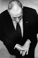 France, Mont-Beuvray. Francois Mitterrand, President de la Republique francaise, en visite officielle dans la Nievre. 4 avril 1995 - ©Jean-Claude Coutausse / french-politics