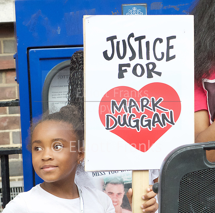 Mark Duggan <br /> march and demonstration / vigil at the Broadwater Estate and outside Tottenham Police Station, Tottenham, London, Great Britain <br /> 4th August 2017 <br /> <br /> on the 6th anniversary after he was killed in 2011. <br /> <br /> <br /> Photograph by Elliott Franks <br /> Image licensed to Elliott Franks Photography Services