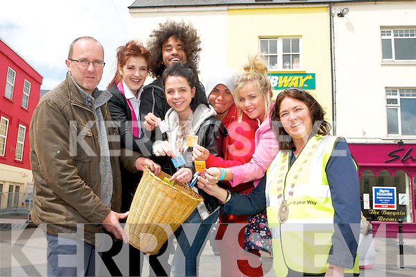 The launch of the ''Bin It Your Way'' campaign in the Square, Tralee on Tuesday. The campaign is a joint initiative between the Gum Litter Taskforce and Kerry County Council which hopes to help prevent chewing gum littering by raising awareness and encouraging people to dispose of their gum responsibly. Helping launch the campaign were, from left: Michael O'Coileain (Environmental Awareness Officer with Kerry County Council), Bin It Crew Dancers, Sally Anne Burke, Justin Fuentes, Niamh Carroll, Gabriel Nieto, Aimee Fitzpatrick and Mayor of Tralee, Grace O'Donnell.