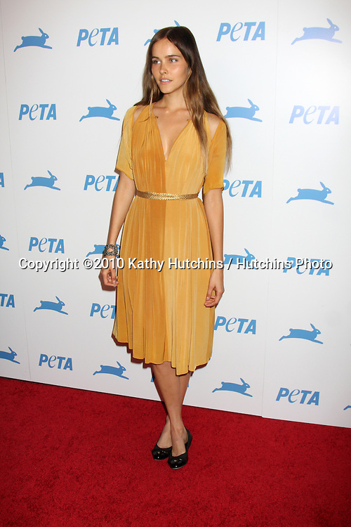 LOS ANGELES - SEP 25:  Isabel Lucas arrives at the PETA 30th Anniversary Gala at Hollywood Palladium on September 25, 2010 in Los Angeles, CA