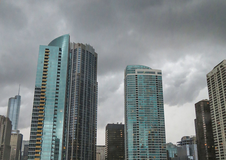 Storm photos, Chicago, thunderstorm (DePaul University/Jamie Moncrief)