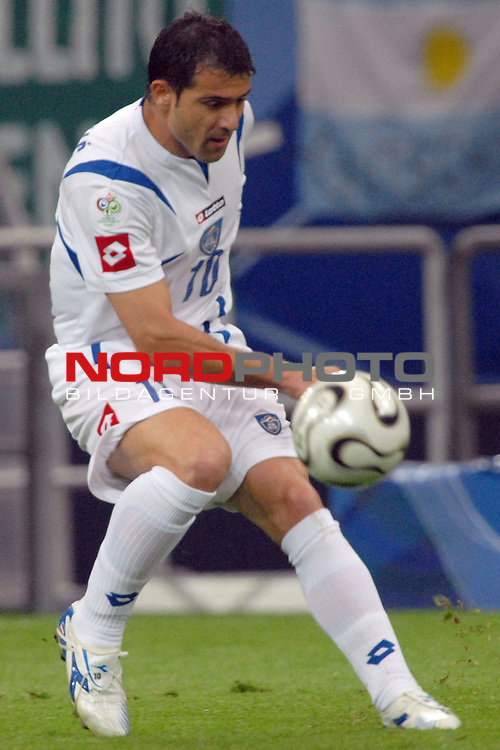 FIFA WM 2006 -  Gruppe C Vorrunde ( Group C )<br /> <br /> Play   #21 (16-Jun) - Agrentinien - Serbien / Montenego<br /> <br /> <br /> <br /> Dejan Stankovic (SCG) <br /> <br /> <br /> <br /> Foto &copy; nordphoto