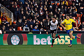 9th January 2018, Mestalla Stadium, Valencia, Spain; Copa del Rey football, round of 16, second leg, Valencia versus Las Palmas; Ruben Vezo (left) and Jonathan Calleri (right) chase a long ball during the game