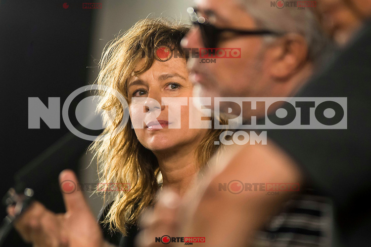 Spanish actress Emma Suarez and spanish director Pedro Almodovar after the reading of the selected movie to represent Spain at the Oscars for Julieta in Madrid. September 07, 2016. (ALTERPHOTOS/Borja B.Hojas)
