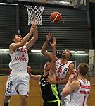 Essens Marco Rahn (Nr.15)  im Kampf um den Rebound gegen Koelns Benedict van Laack (Nr.44)  und Koelns Yasin Kolo (Nr.31)  beim Spiel in der Pro B, ETB Wohnbau Baskets Essen - RheinStars Koeln.<br /> <br /> Foto &copy; PIX-Sportfotos *** Foto ist honorarpflichtig! *** Auf Anfrage in hoeherer Qualitaet/Aufloesung. Belegexemplar erbeten. Veroeffentlichung ausschliesslich fuer journalistisch-publizistische Zwecke. For editorial use only.