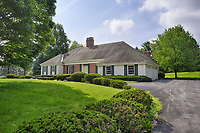 6976 Colonial Dr, Fayetteville, NY - Ellen O'Connor