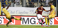 Calcio, Serie A: Frosinone vs Roma. Frosinone, stadio Comunale, 12 settembre 2015.<br /> Roma&rsquo;s Juan Iturbe, center, kicks to score during the Italian Serie A football match between Frosinone and Roma at Frosinone Comunale stadium, 12 September 2015. Roma won 2-0.<br /> UPDATE IMAGES PRESS/Isabella Bonotto