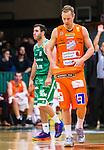 S&ouml;dert&auml;lje 2015-10-20 Basket Basketligan S&ouml;dert&auml;lje Kings - Bor&aring;s Basket :  <br /> Bor&aring;s Jacob Sigurdarson deppar under matchen mellan S&ouml;dert&auml;lje Kings och Bor&aring;s Basket <br /> (Foto: Kenta J&ouml;nsson) Nyckelord:  S&ouml;dert&auml;lje Kings SBBK T&auml;ljehallen Bor&aring;s Basket depp besviken besvikelse sorg ledsen deppig nedst&auml;md uppgiven sad disappointment disappointed dejected