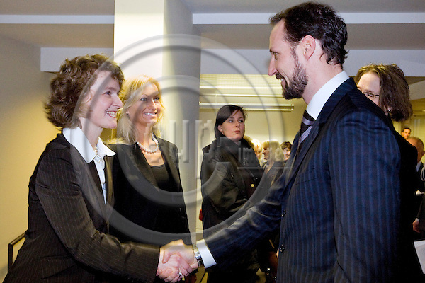 BRUSSELS - BELGIUM - 22 JANUARY 2009 -- Inauguration of the Norway House with HRH Crown Prince Haakon of Norway. -- HRH Crown Prince Haakon (Ri) greeting Director Merete Mikkelsen, West-Norway Brussels office and Director Ingebjørg Sveen Brunborg (Ce) (South Norway Europe office). -- PHOTO: Juha ROININEN / EUP-IMAGES