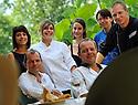 27/07/12 - THIERS - PUY DE DOME - FRANCE - Equipe du restaurant chez la mere depalle - Photo Jerome CHABANNE