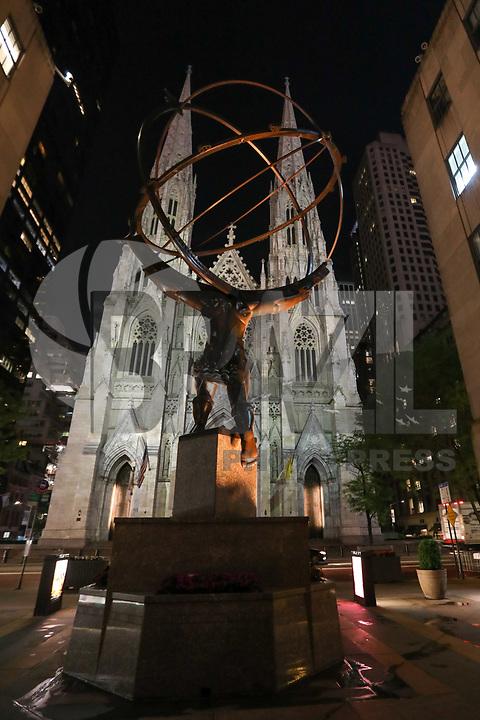 NOVA YORK, EUA, 02.06.2019 - TURISMO-EUA - Catedral de São Patricio na cidade de Nova York nos Estados Unidos na noite deste domingo, 02. (Foto: William Volcov/Brazil Photo Press)