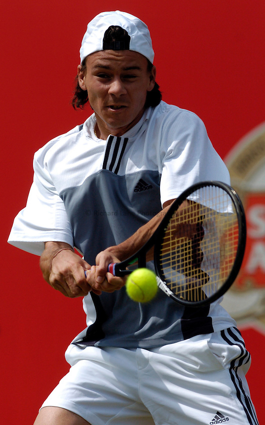 Photo: Richard Lane..The Stella Artois Championship at Queens. 09/06/2004..Guillermo Coria