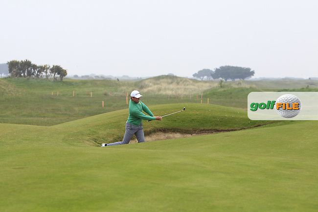Jonathan Yates (Naas) in a bunker on the 3rd during Round 3 of the Flogas Irish Amateur Open Championship at Royal Dublin on Saturday 7th May 2016.<br /> Picture:  Thos Caffrey / www.golffile.ie