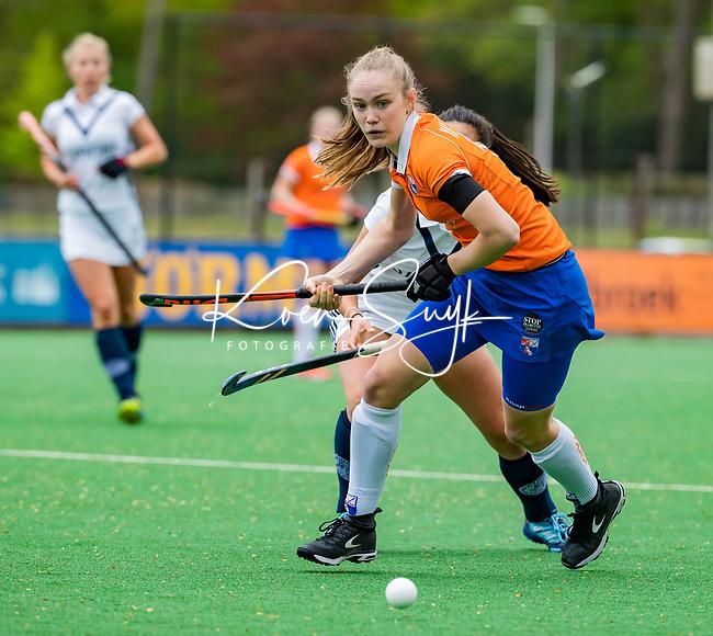 BLOEMENDAAL -   Michelle van der Drift (Bldaal)     , Libera hoofdklasse hockey Bloemendaal-Pinoke (0-0). COPYRIGHT KOEN SUYK