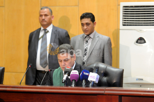 Judge speaks during the trial of ousted President Mohammad morsi on charges of espionage, Cairo, Egypt, 28 April 2015. Morsi has been charged along with several others of leaking classified documents while President to the Qatari intelligence services and Qatari news channel al-Jazeera, though Mrosi, detained since his overthrow by the army July 2013, denies the charges, calling them politically motivated. Photo by Stringer