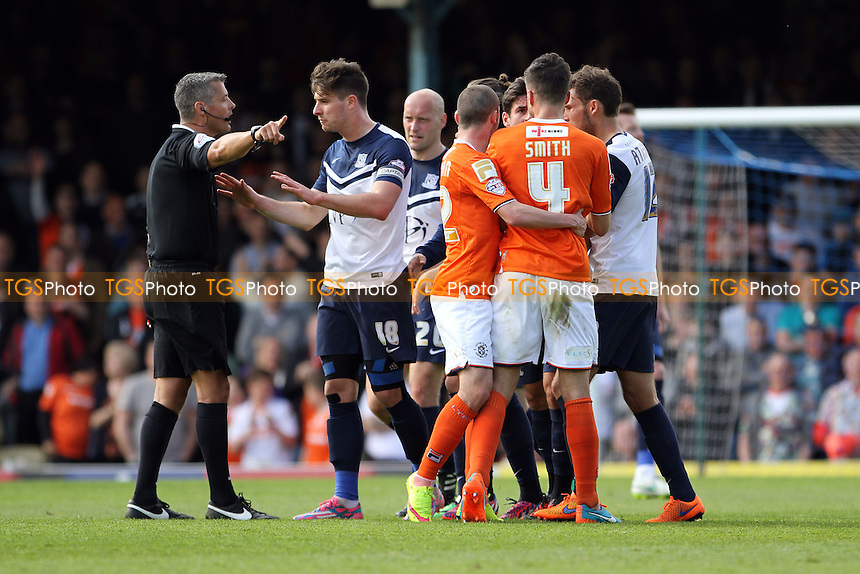 Tempers flare after the sending off - Southend United vs Luton Town - Sky Bet League Two Football at Roots Hall, Southend-on-Sea, Essex - 25/04/15 - MANDATORY CREDIT: Mick Kearns/TGSPHOTO - Self billing applies where appropriate - contact@tgsphoto.co.uk - NO UNPAID USE
