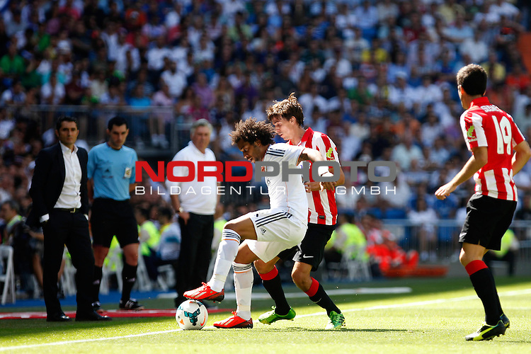 Real Madrid's Marcelo and Athletic Club's Iturraspe during La Liga Match. September 01, 2013. Foto © nph / Caro Marin)