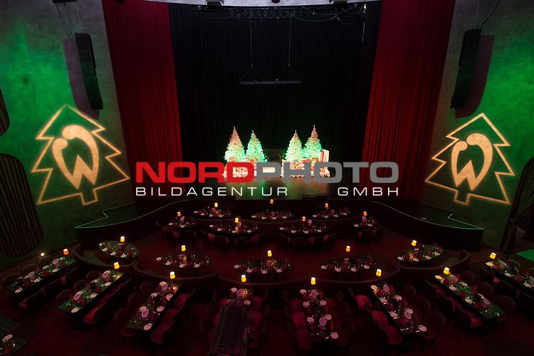 16.12.2013, GOP - Theater, Bremen, Weihnachtsfeier Werder Bremen 2013, im Bild Blick auf die Buehne im weihnachtlichen geschmueckten Saal des GOP Bremen <br /> <br /> <br /> Foto &copy; nordphoto / Kokenge