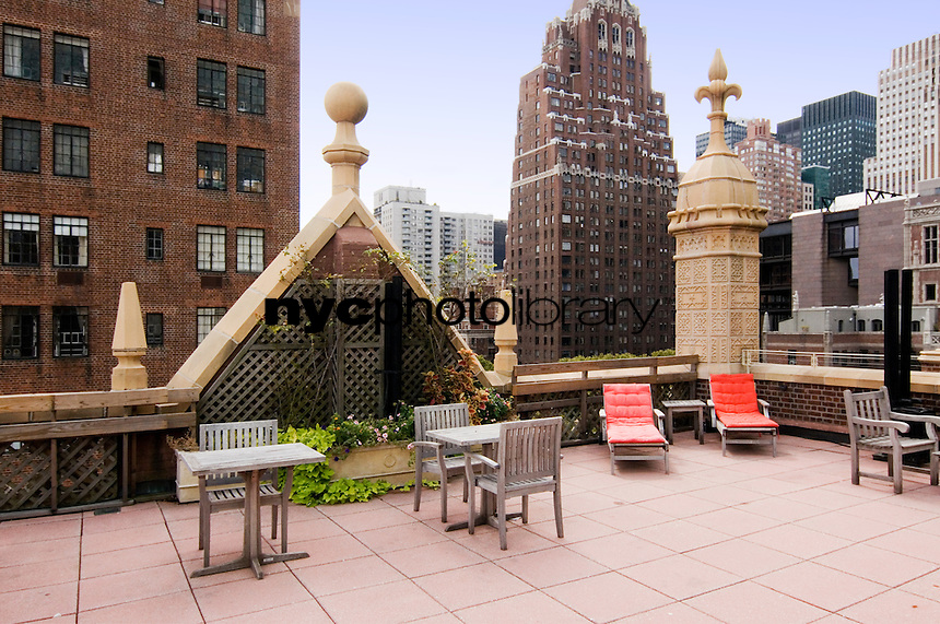 Roof Deck at 333 East 43rd Street