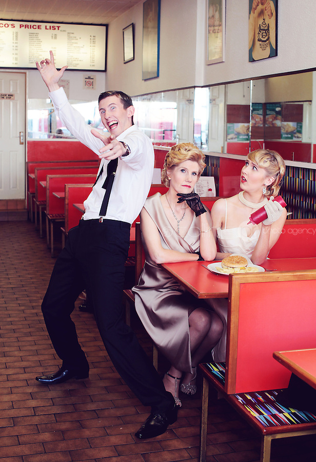 CRYSTAL SWING ARE PICTURED AT FUSCOS CHIPPER ON MEATH ST DUBLIN<br /> PICTURE JAMES HORAN/COLLINS PHOTO AGENCY