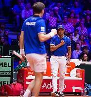 Le joueurs de tennis Nicolas Mahut  &amp; Pierre-Hugues Herbert oppos&eacute;s aux joueurs Croates Mate Pavic &amp; Ivan Dodig lors de la  Finale du double de la Coupe Davis France vs Croatie, au Stade Pierre Mauroy &agrave; Villeneuve d'Ascq .<br /> France, Villeneuve d'Ascq , 24 novembre 2018.<br /> French tennis players Nicolas Mahut  &amp; Pierre-Hugues Herbert vs Croatian tennis players Mate Pavic &amp; Ivan Dodig, during the final of the Davis Cup, at the Pierre Mauroy stadium in Villeneuve d'Ascq .<br /> France, Villeneuve d'Ascq , 24 November 2018<br /> Pic : Yannick Noah