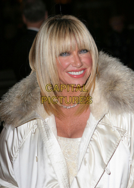 SUZANNE SOMERS.17th Annual Palm Springs International Film Festival Gala Awards Presentation - Arrivals held at the Palm Springs Convention Center, Palm Springs, California.  .January 7th, 2006.Photo: Zach Lipp/AdMedia/Capital Pictures.Ref: ZL/ADM.headshot portrait fur collar.www.capitalpictures.com.sales@capitalpictures.com.© Capital Pictures.