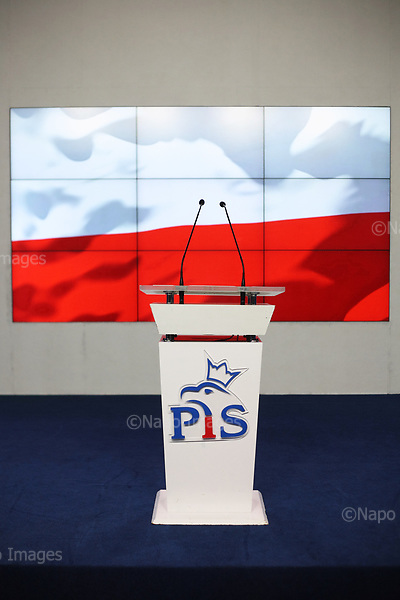 Warszawa. 14.07.2017 Konferencja prasowa prezesa partii PiS na temat planowanych zmian w prawie, dotyczacych sadownictwa i Sadu Najwyzszego. n/z Jaroslaw Kaczynski. Fot. Maciej Jeziorek / Napo Images <br /> <br /> Head of the ruling Law and Justice party Jaroslaw Kaczynski speaks during a press conference, defending his party's proposals for changes in the judiciary system, in Warsaw, Poland, Friday, July 14, 2017.